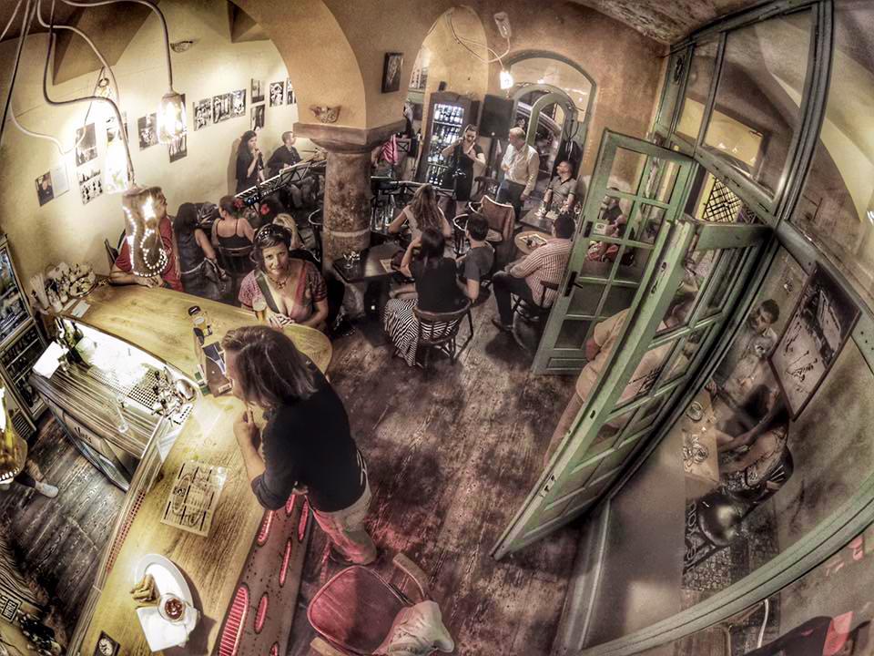 Galerie café Kamzík